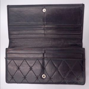 CHANEL Bags - Chanel vintage RARE lambskin quilted clutch/wallet